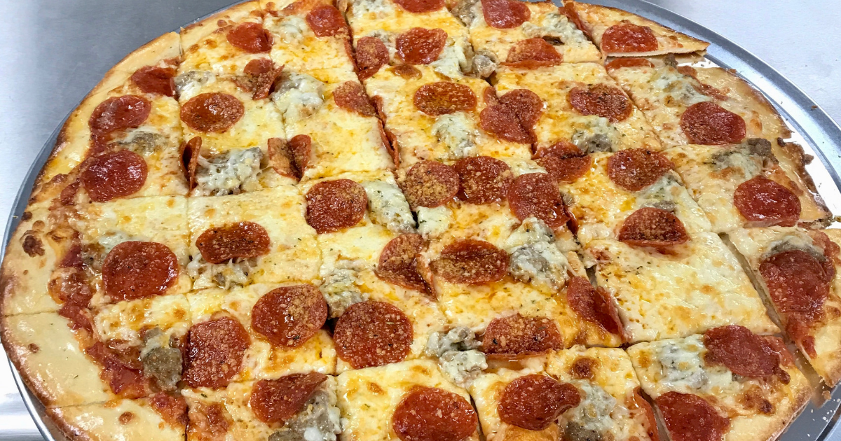 Why Thanksgiving Is One of the Busiest Times for Pizza Places